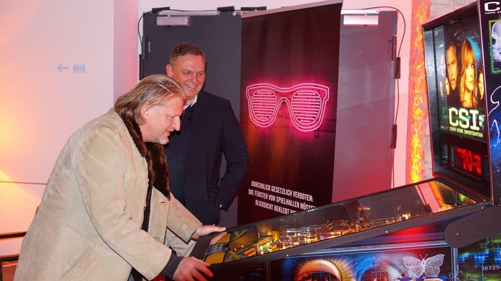 Frank Kessler (Schauspieler, Alarm für Cobra 11, Tatort) und Georg Stecker (Sprecher des Vorstandes, Die Deutsche Automatenwirtschaft e.V.)